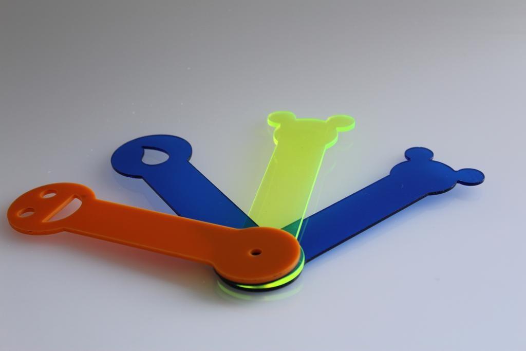 Fábrica de peças de acrílico